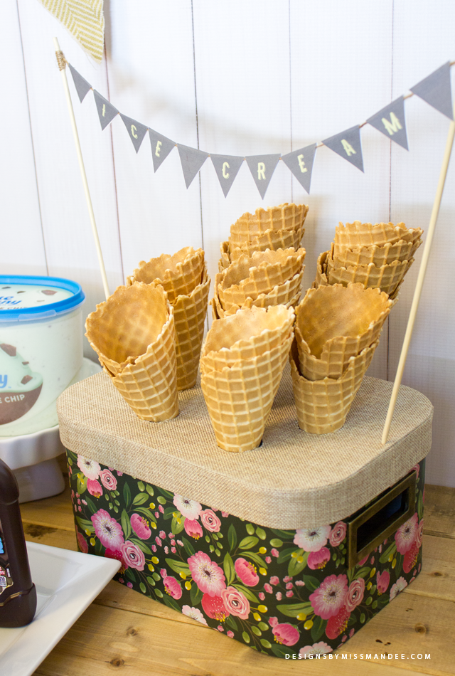 Vintage Ice Cream Cone Holder