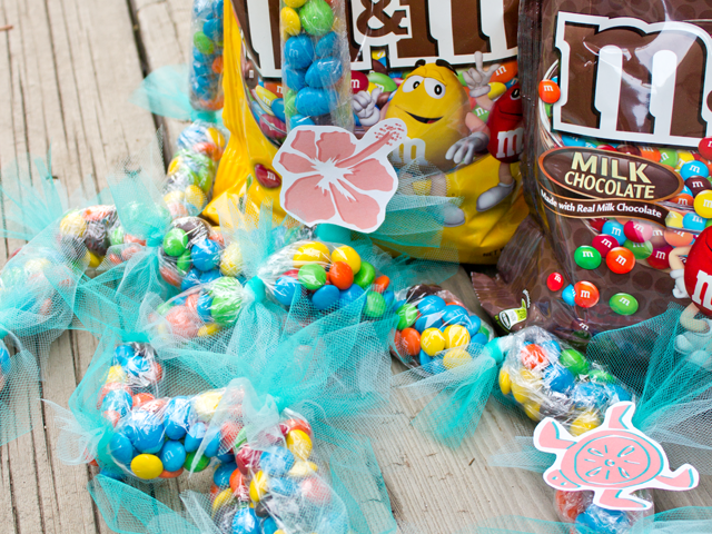 Leis with M&M's®