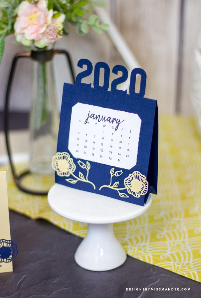 2020 Easel Calendar